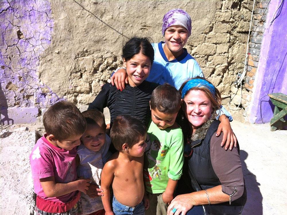 Children in Medgidia, Romania with Annie Glenn